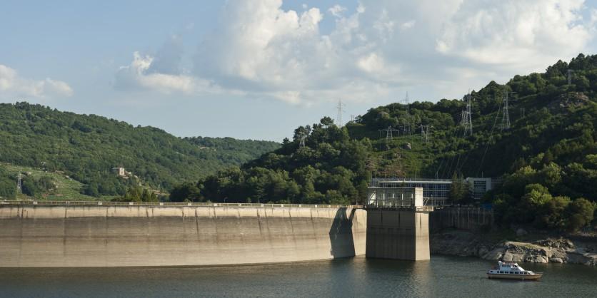 20120724_generacion_hidroelectrica_esp_15751_med